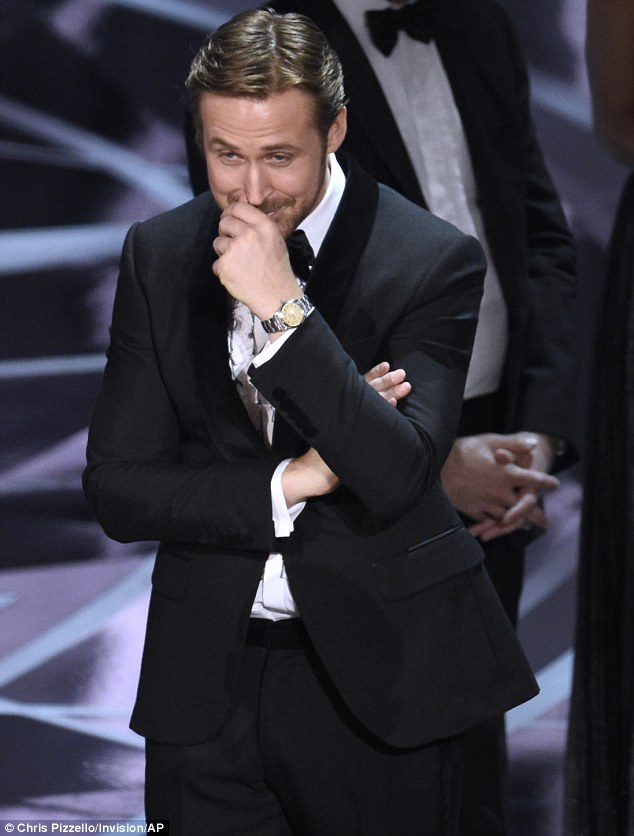 3DBCB49300000578-4263142-A_crazy_stupid_moment_Ryan_Gosling_chuckled_on_stage_after_learn-a-6_1488186560985