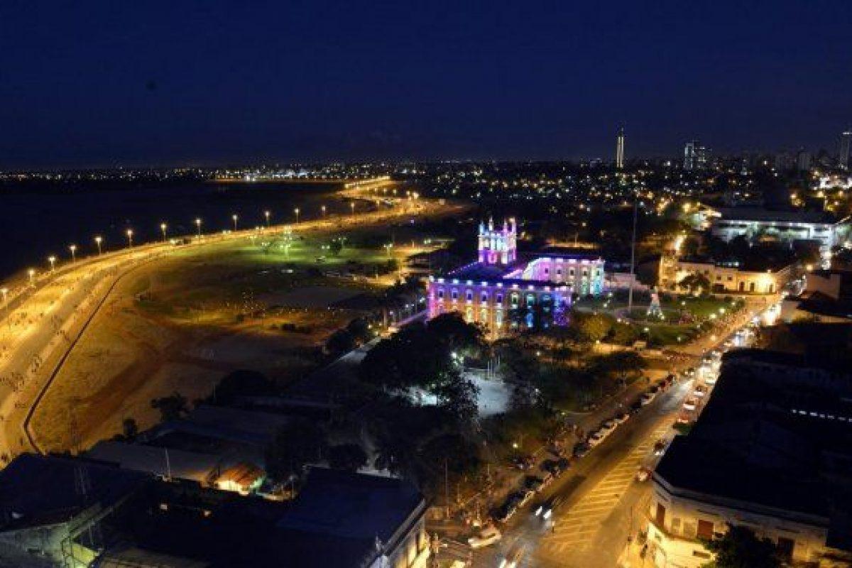 Música y playa en la Bahía de Asunción
