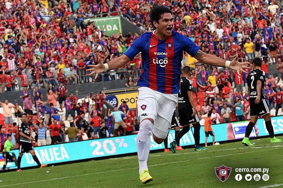 Guillermo Beltrán festejando el primer gol. Foto: Club Cerro Porteño