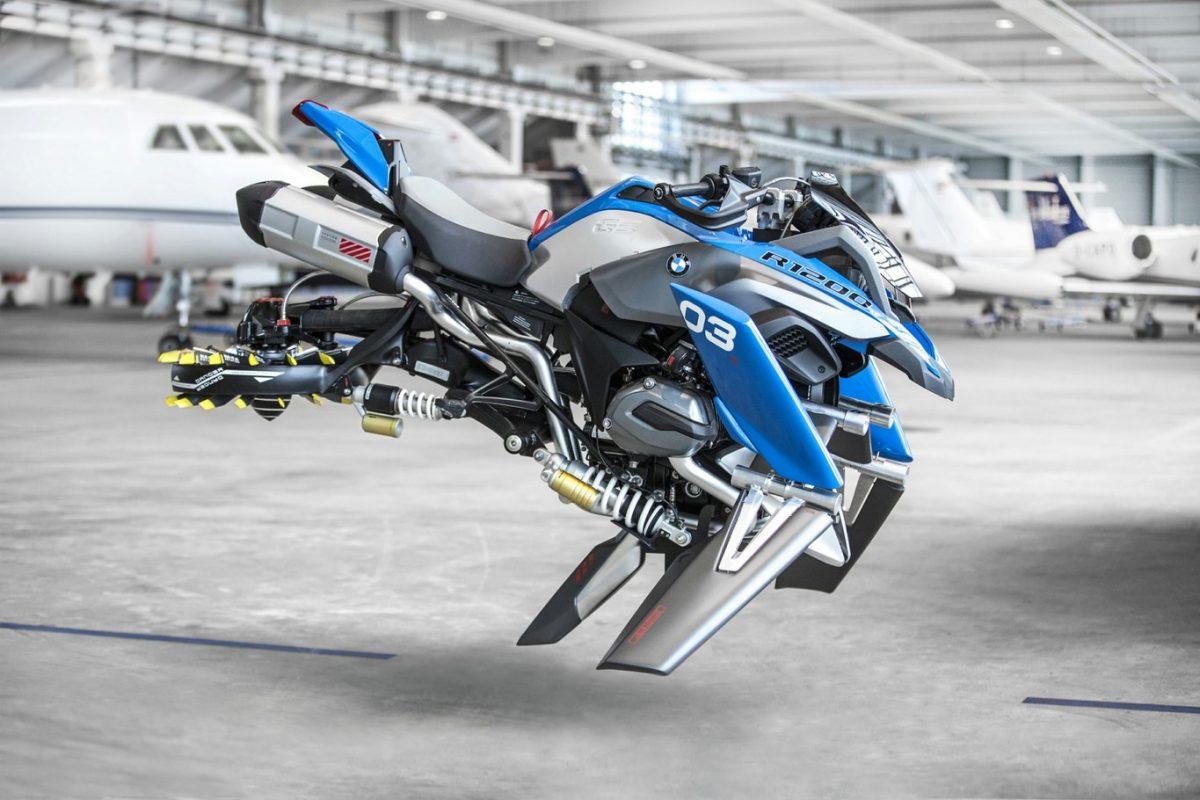 BMW y LEGO diseñan la motocicleta voladora