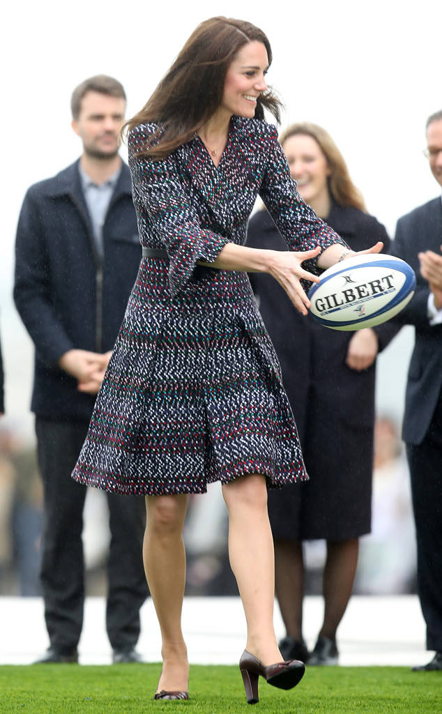 rs_634x1024-170318101459-634.kate-middleton-rugby.cm.31817