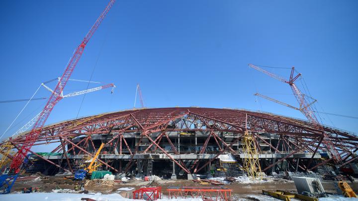El estadio de Samara durante su construcción. Foto: Maxim Bogodvid / Sputnik