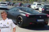 Toni Kroos presumió con su nuevo Ferrari