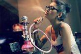 ¿Es más sano fumar la narguile?