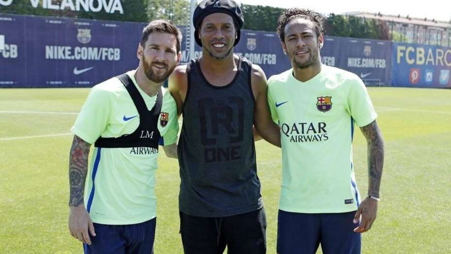 Messi, Ronaldinho y Neymar Jr. Foto: Club Barcelona.