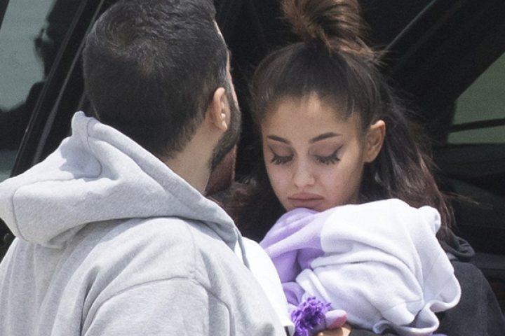 La emotiva carta viral de un padre a Ariana Grande después del atentado en Manchester