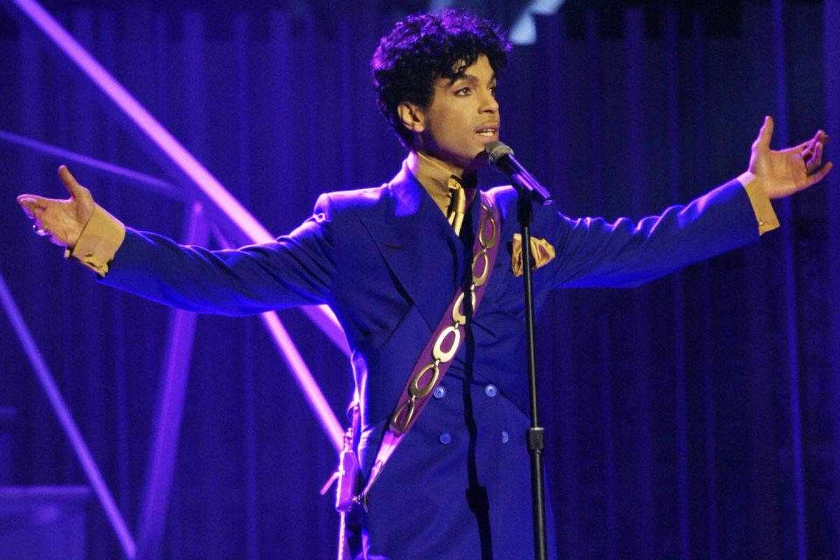 Universal pidió anular un contrato de música de Prince