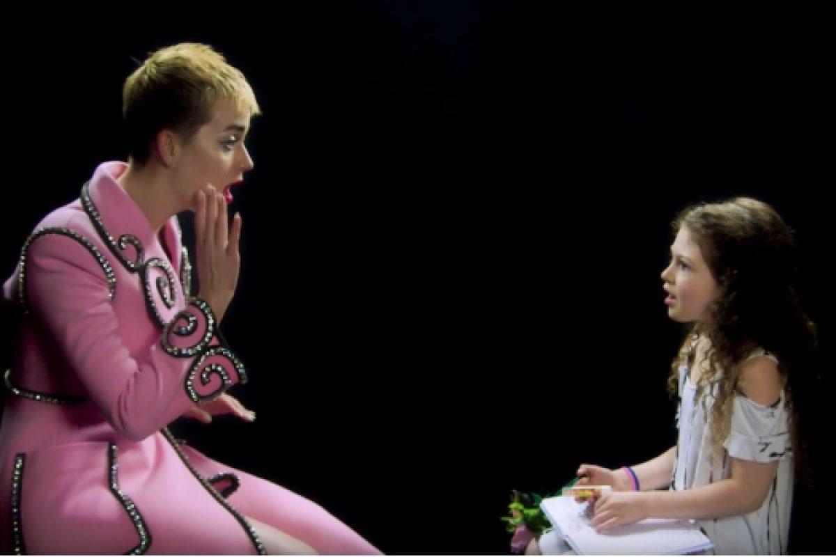 Katy Perry fue entrevistada por una niña de 7 años y salió la entrevista más tierna de todas