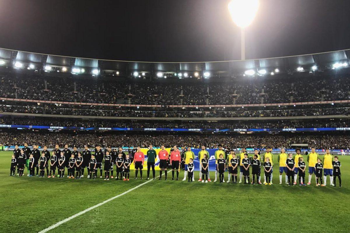 Argentina se queda con el superclásico ante Brasil