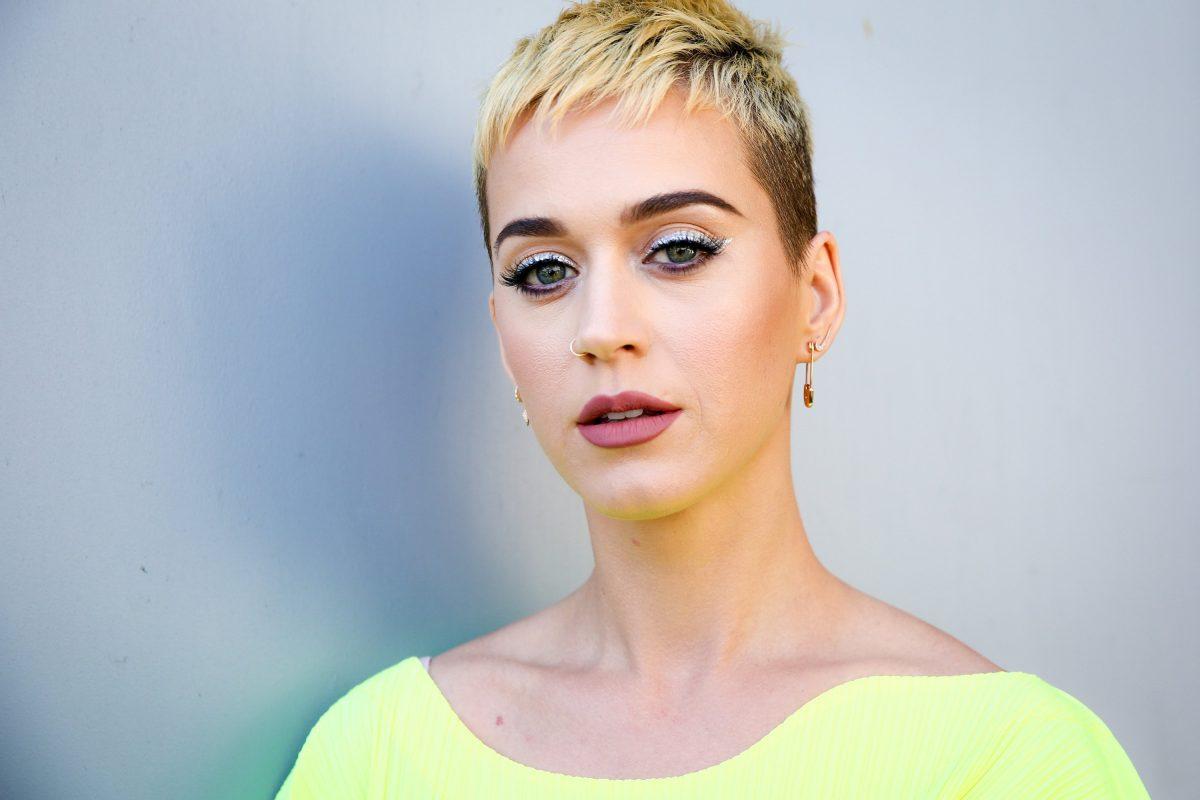 """Katy Perry responde a las críticas: """"No soy una artista estafadora"""""""