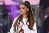 Ariana Grande cambió de look