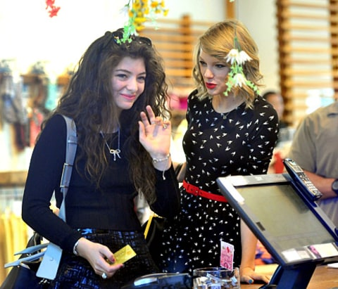 lorde-taylor-swift-shopping-inline
