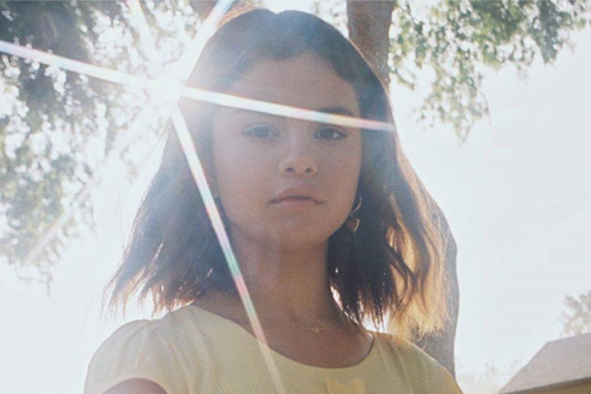 """Este pequeño detalle desató críticas en el nuevo vídeo """"Fetish"""" de Selena Gómez"""