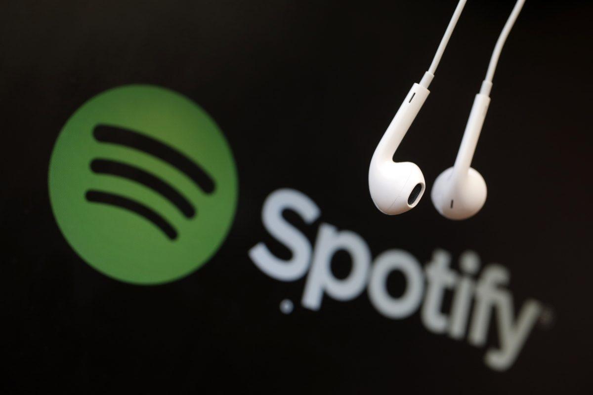 Spotify desaprueba y elimina contenidos racistas