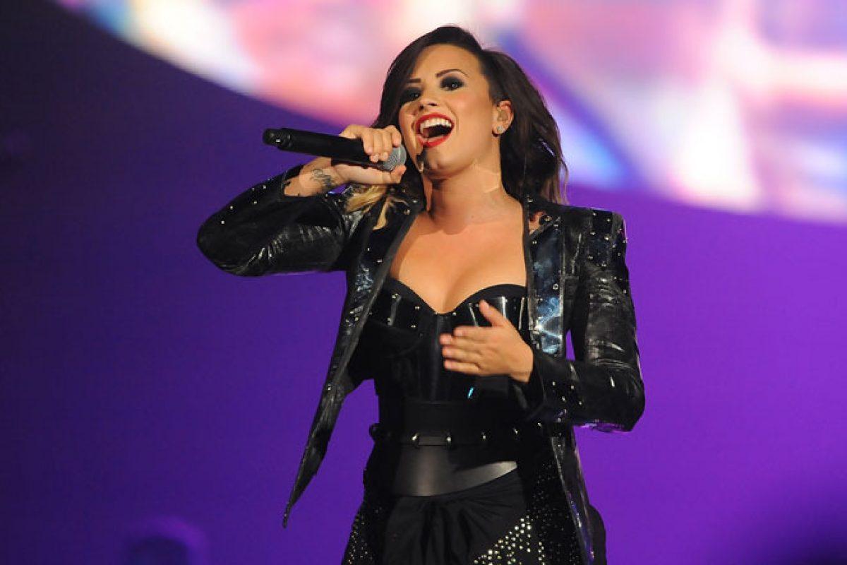 Demi Lovato habla acerca de sus inseguridades físicas en sus redes sociales