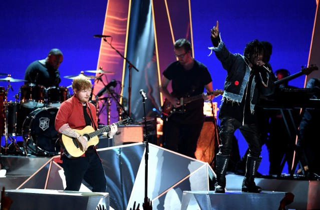 ed-sheeran-lil-uzi-vert-mtv-vmas-performance-1503883614-640x420