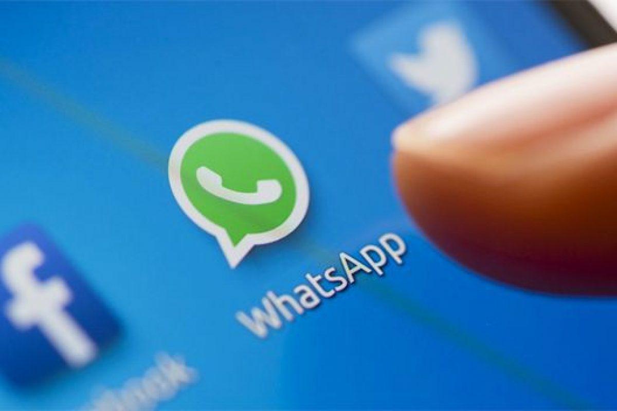Chats falsos en Facebook y WhatsApp, un clásico