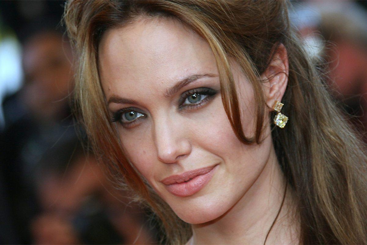 Angelina Jolie planea su regreso a la actuación