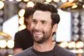 Adam Levine persigue al amor de su vida en un surrealista videoclip de Maroon 5