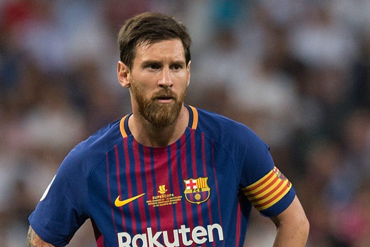 Messi sorprendió tocando el himno de la Champions League en piano