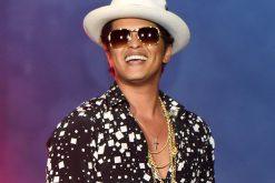 Bruno Mars sorprendió a sus fans con un hermoso gesto