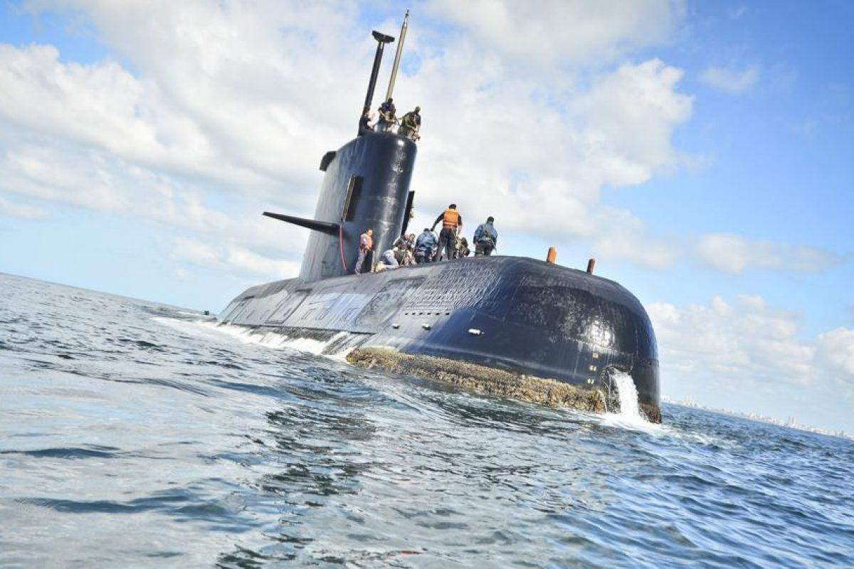 Los 44 tripulantes del submarino argentino cumplen 6 dias desaparecidos