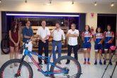 Cyclesport realizó la presentación de las bicicletas Specialized 2018
