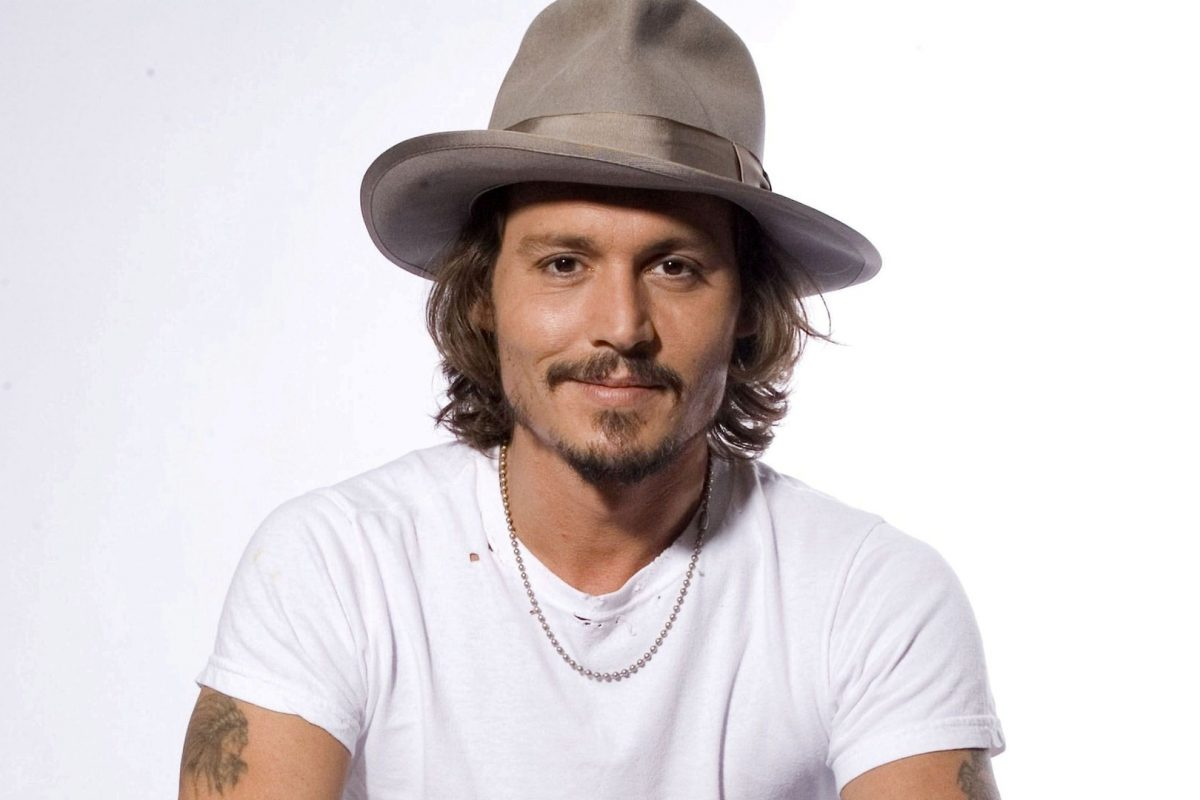 Johnny Depp reapareció borracho en el estreno de su última película