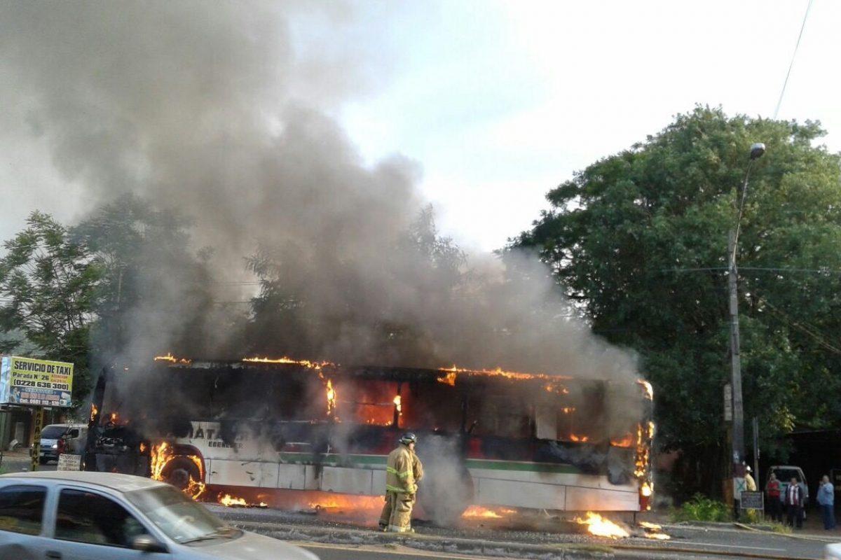 Bus de la línea 58 ardió en llamas
