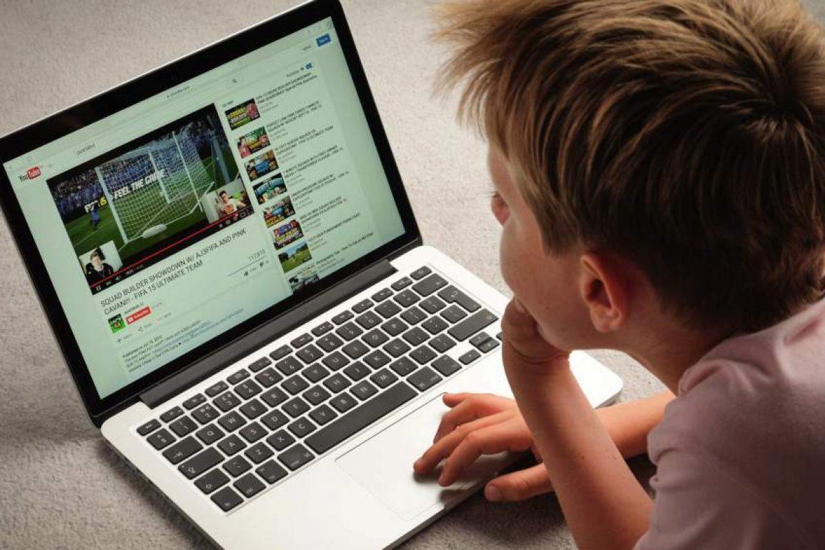 YouTube aplica medidas de protección para menores