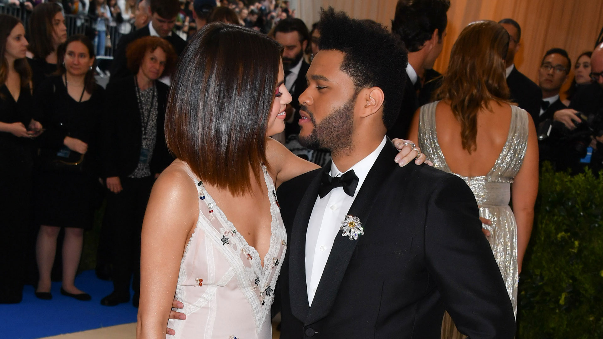 selena-gomez-the-weeknd-de-