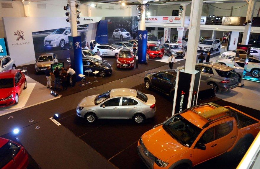 vista-de-un-sector-de-la-cadam-motor-show-que-se-cerro-ayer-en-el-centro-de-convenciones-mariscal-lopez-con-mas-de-100-marcas-de-vehiculo_881_573_1307794