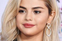 Selena Gómez sorprendió en sus redes sociales subiendo una foto vestida de Barbie