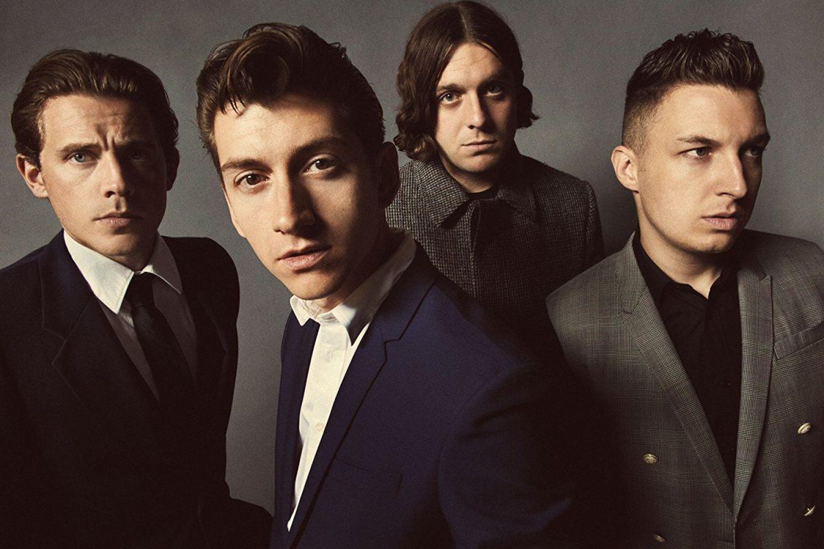 ¡Los Arctic Monkeys vuelven a los escenarios!