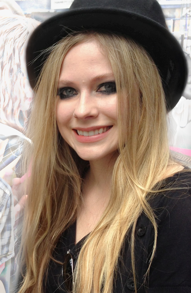 Avril Lavigne appearing at the Today Show in New York on 17 May 2013.