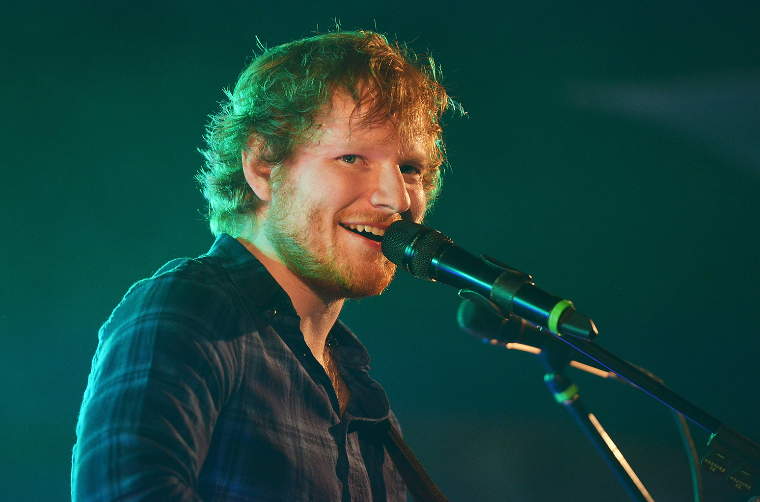 SOUTHWOLD, ENGLAND - JULY 17: Ed Sheeran performs on day 2 of Latitude Festival at Henham Park Estate on July 17, 2015 in Southwold, England. (Photo by Dave J Hogan/Getty Images)