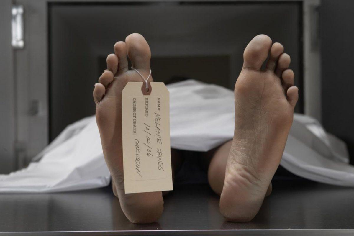 Hombre declarado muerto por tres doctores, despierta horas antes de su autopsia