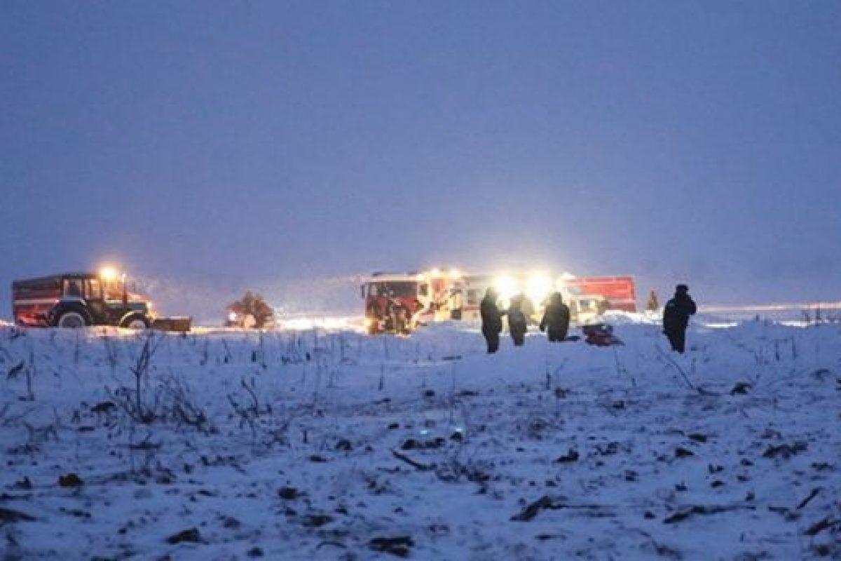 Avión ruso se estrella en las cercanías de Moscú