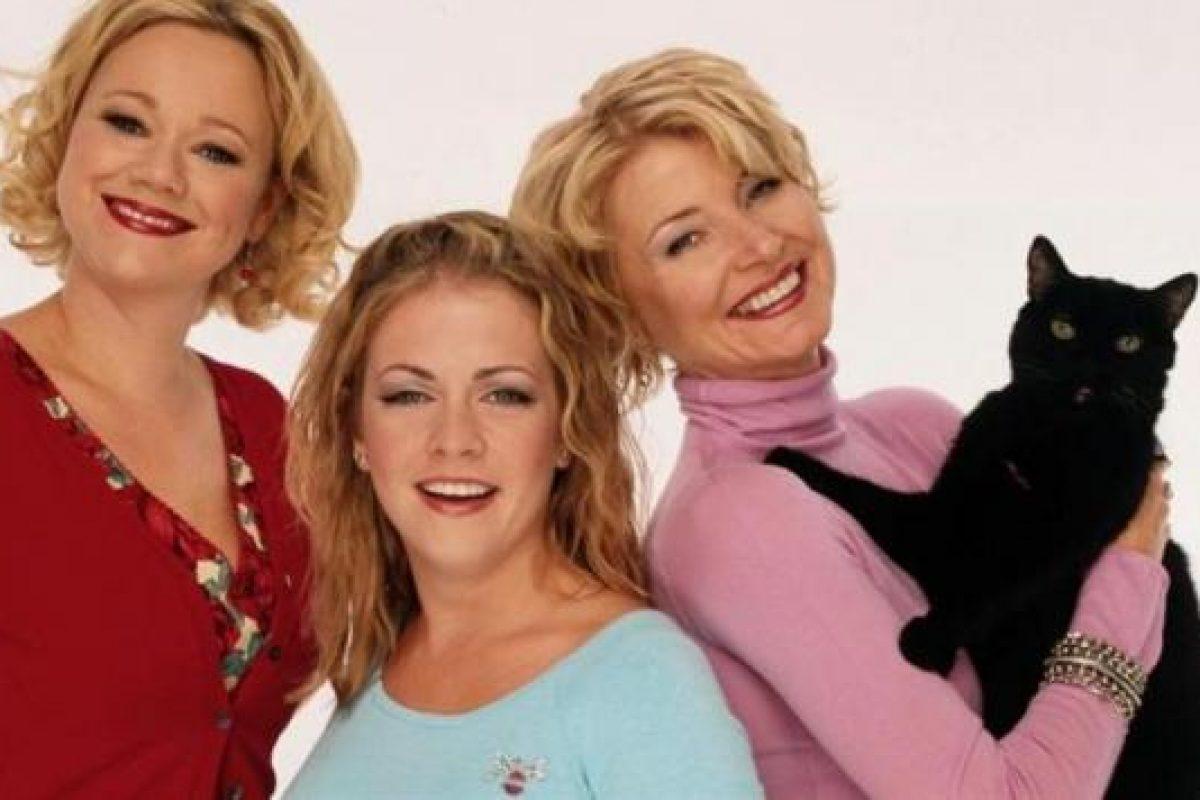 """Confirman quienes van a encarnar a las tías en la nueva versión de """"Sabrina"""" la bruja adolescente"""