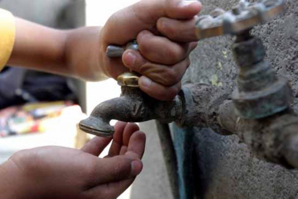 Essap restauraría en 10 días servicio de agua potable a vecinos de Puerto Botánico