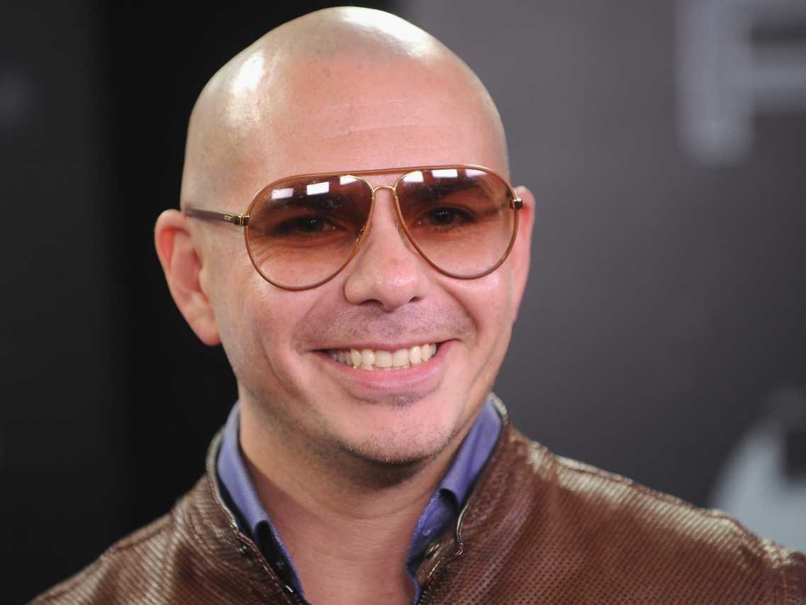 why-rapper-pitbull-admires-warren-buffet-and-mark-cuban