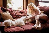 Barbra Streisand clonó dos veces a su mascota Samantha