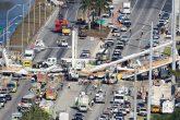 Derrumbe de puente peatonal en Miami deja 6 muertos