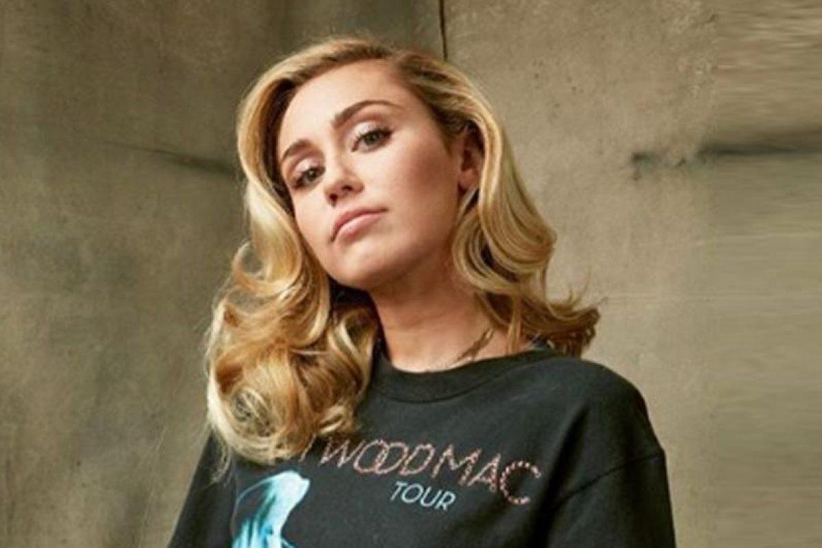 Miley Cyrus fue demandada por 300 millones de dólares
