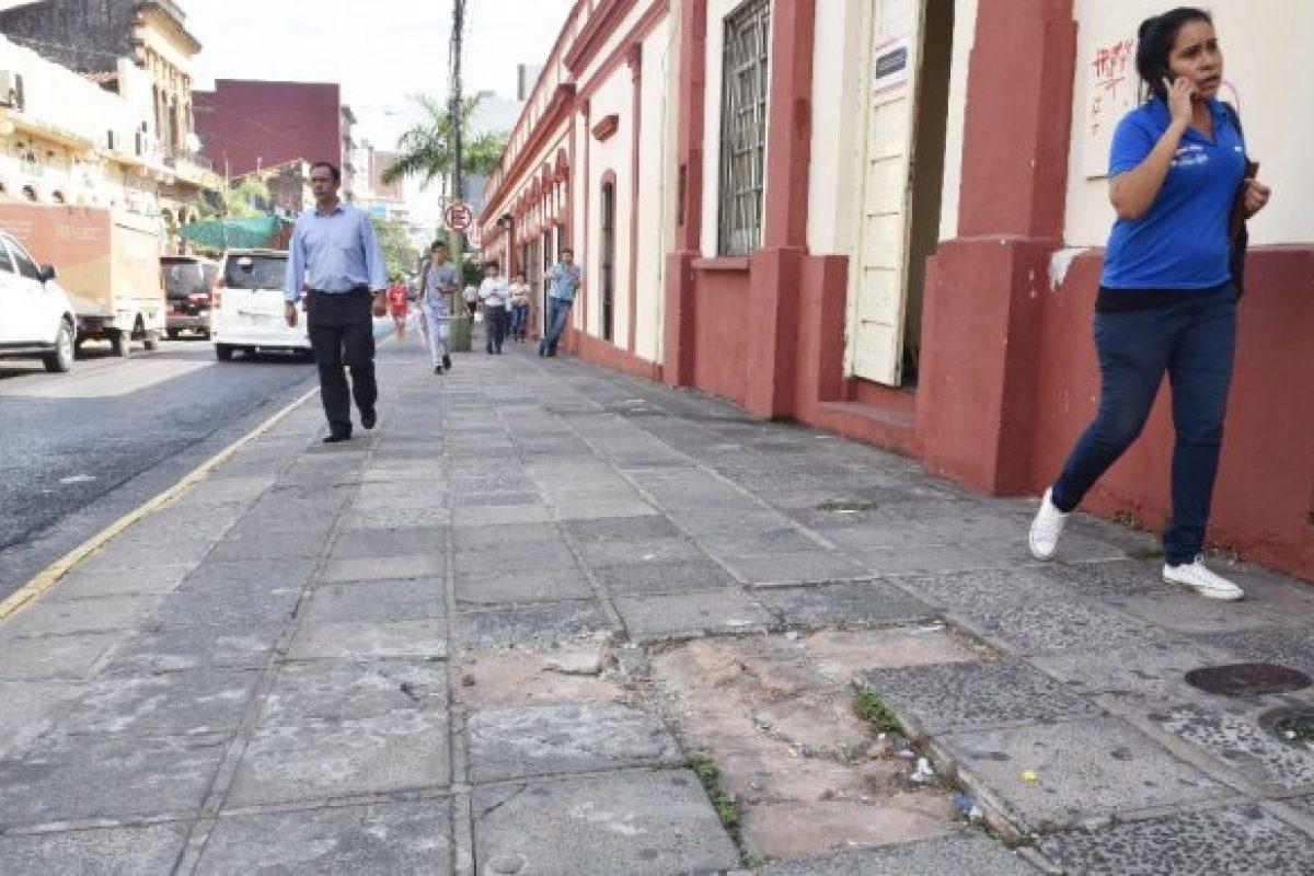 """Calle Palma: """"Frentistas son responsables del cuidado de las veredas"""""""
