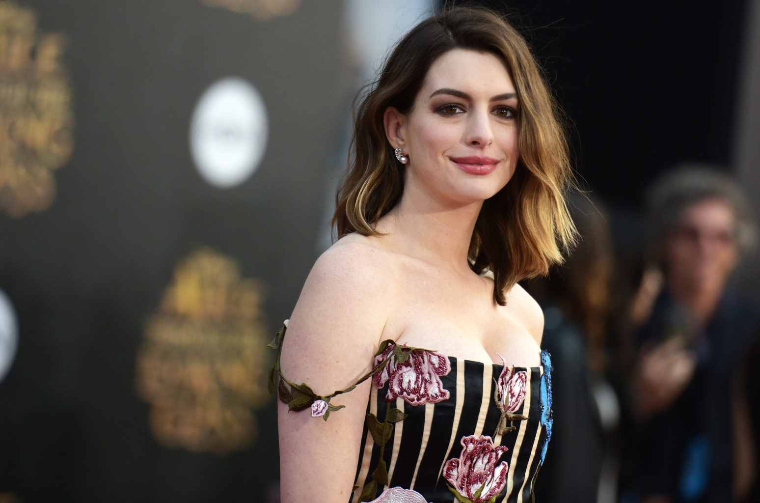 "Anne Hathaway arrives at the premiere of ""Alice Through the Looking Glass"" at the El Capitan Theatre on Monday, May 23, 2016, in Los Angeles. (Photo by Richard Shotwell/Invision/AP)"