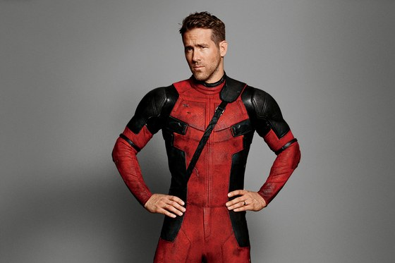 1216-GQ-FERR04-01-Ryan-Reynolds-Deadpool-02
