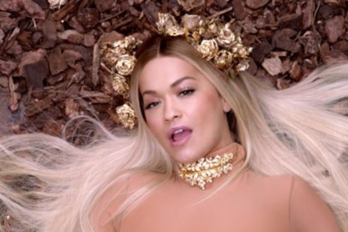 """Rita Ora estrenó el vídeo de su controversial single, """"Girls"""""""