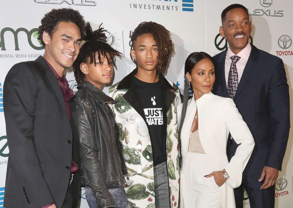 jada-will-smith-family-gty-ps-180101_17x12_992
