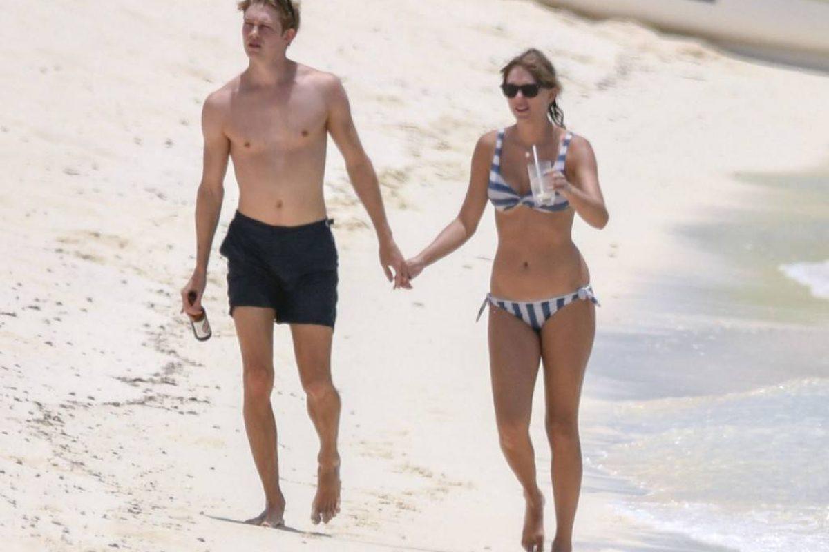 Taylor Swift está más feliz que nunca junto a su novio Joe